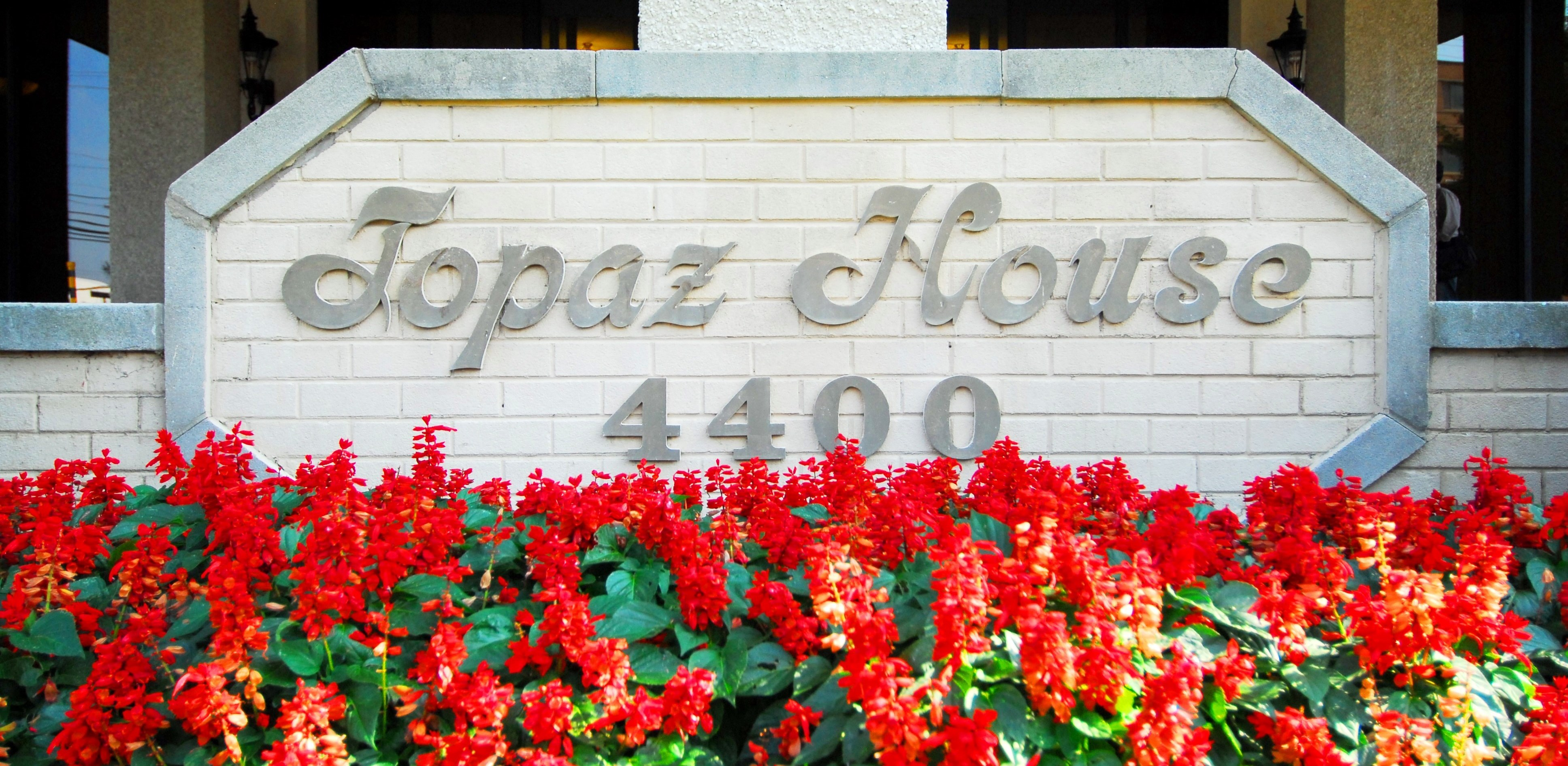 Topaz House Sign.jpg